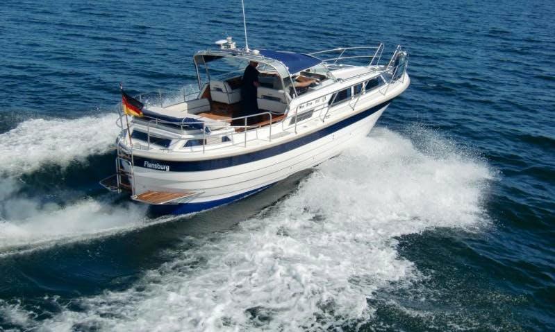 Motor Yacht Rental in Flensburg