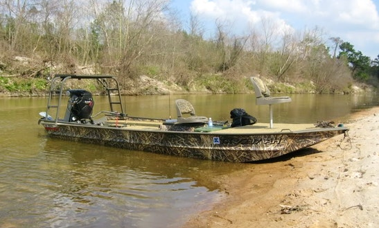 20ft Gator Tail Boat In New Orleans, Louisiana