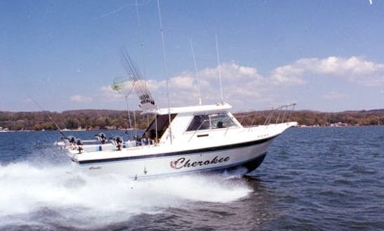 30' Head Boat Fishing Charter In Sandusky, Ohio