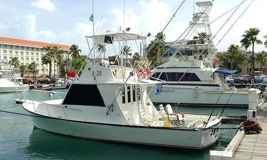36ft Crusader Sportfisherman Yacht Charter In Oranjestad, Aruba