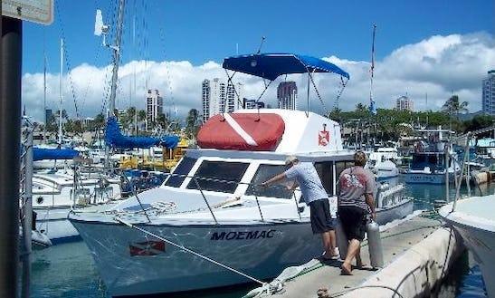 Enjoy 37 Ft Dive Boat In Honolulu, Hawaii