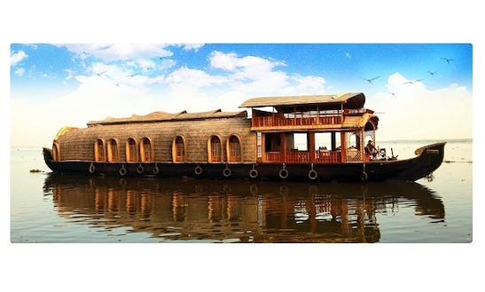 Three Bedroom Houseboat For Rent In Alappuzha