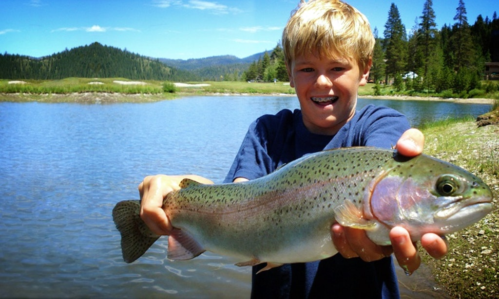 22 39 cuddy cabin fishing charter in south lake tahoe for Lake tahoe fish