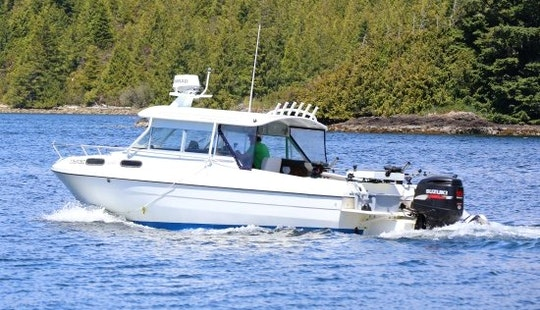 27' Apollo Inshore & Offshore Fishing In Ucluelet, Canada
