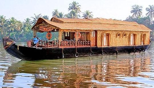 A Beautiful 2 Bedroom Premium Houseboat Available In Kerala, India