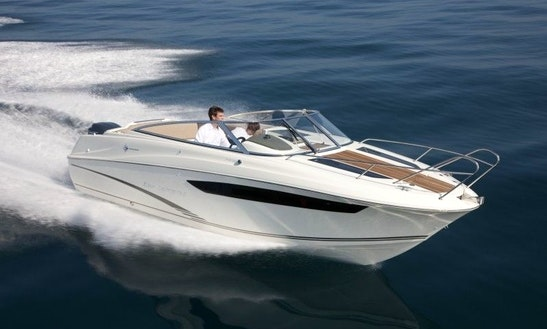 Motor Yacht For Rent In Alappuzha