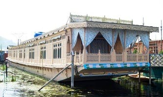 Three Bedroom Houseboat Charter in Kashmir, India