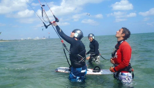 Kiteboarding Lessons And Rental In Key Biscayne