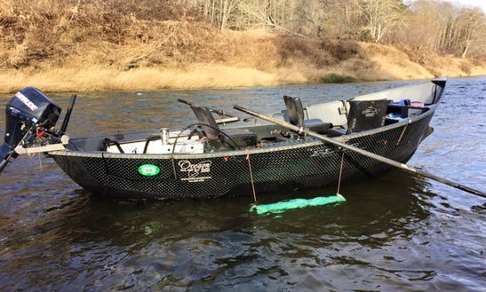 Guided Drift Boat Fishing On Willamette Valley