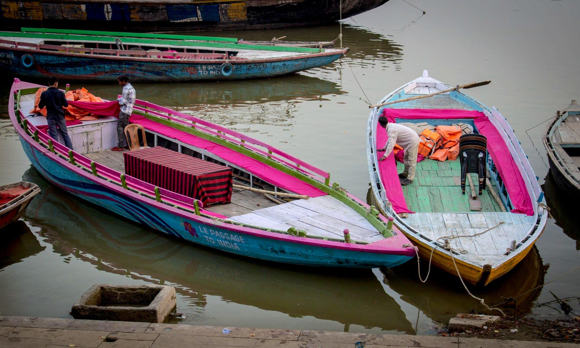 Varanasi (Row Boat)
