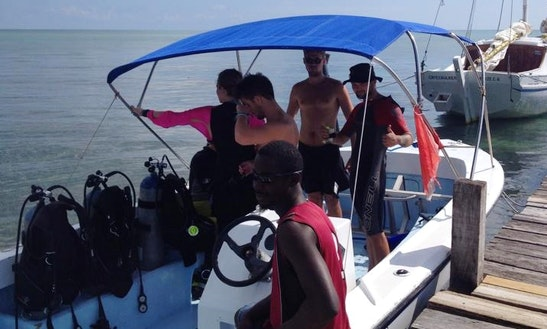 Dive Boat Trips In Caye Caulker, Belize.