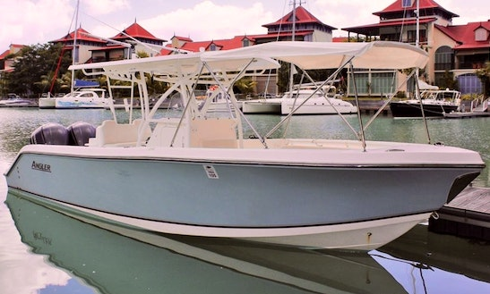 Hire 28'  Fishing Boat In Seychelles