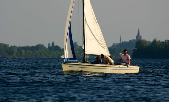 Daysailer With Motor Rental In Abcoude, Netherlands