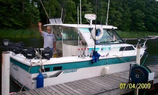 28' Baha Cruiser Fishing Charter In Utica