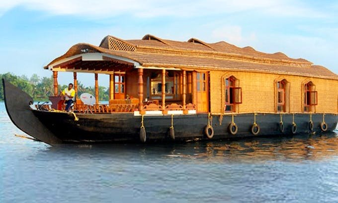 Two Bedroom Houseboat Rental in Kashmir, India