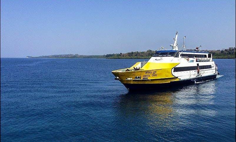 Catamaran Cruises in Britona, Goa