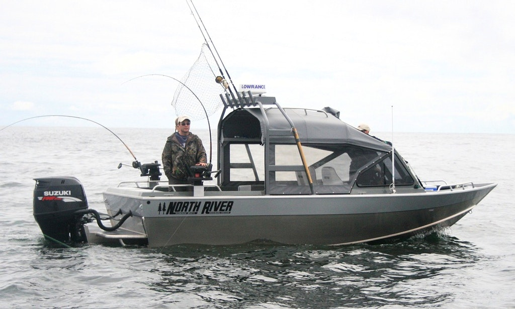 20 39 north river seahawk fishing charter in bodega bay for Seahawk fishing boat