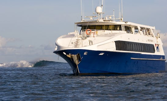 Luxury Live Aboard Yacht In Indonesia