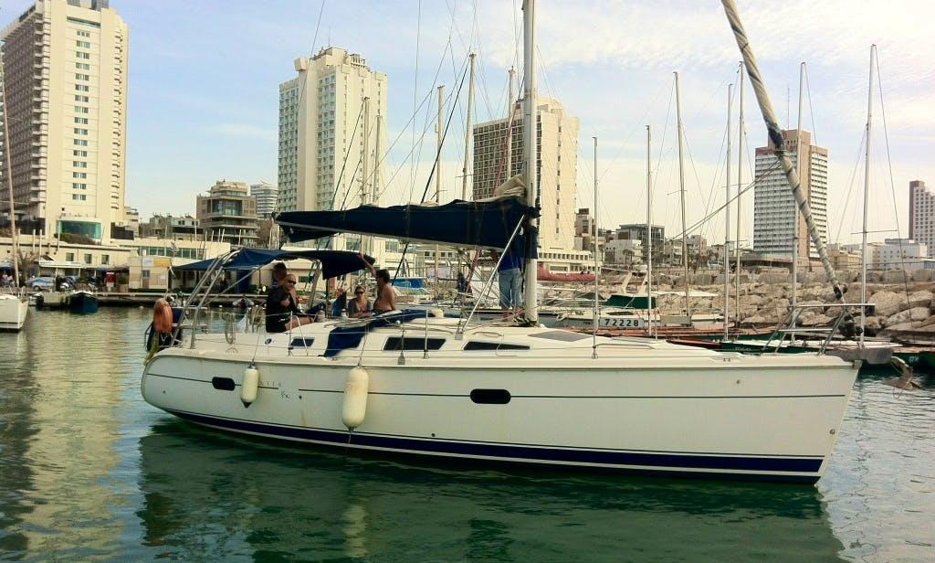 Cruising Monohull Rental in Tel Aviv-Yafo