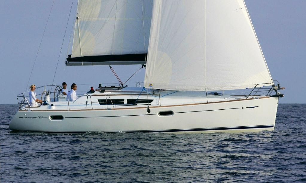 Sun Odyssey 39i Monohull Charter In Primo Ten Getmyboat