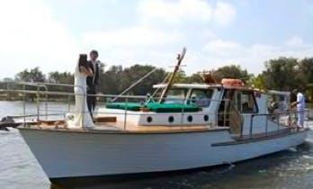 40' Vlaming Luxury Yacht Charter in East Fremantle