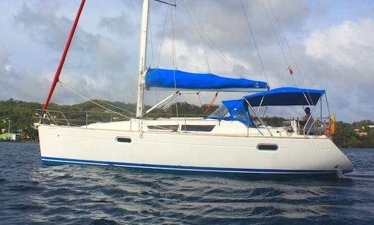 'crazy Love' So39i Jeanneau Charter In St. Vincent