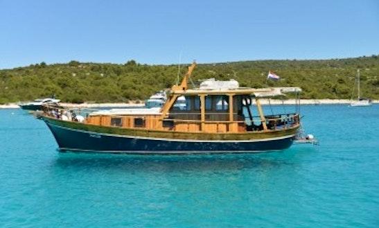 Passenger Boat Charter In Zadar, Croatia