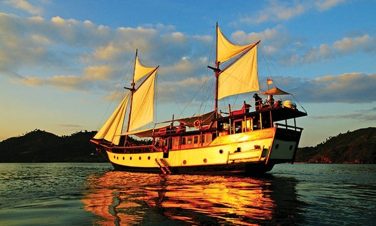 Private Charter The Sailing Traditional Phinisi Style Liveaboard Gulet In Indonesia