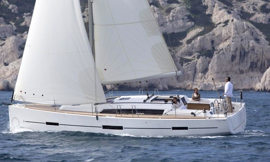 Awesome 10 People Dufour 450 Gl Sailing Yacht Charter In Marmaris