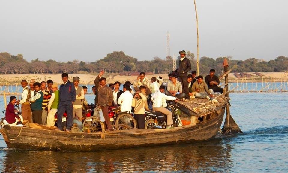 Boat Rides in Ganga
