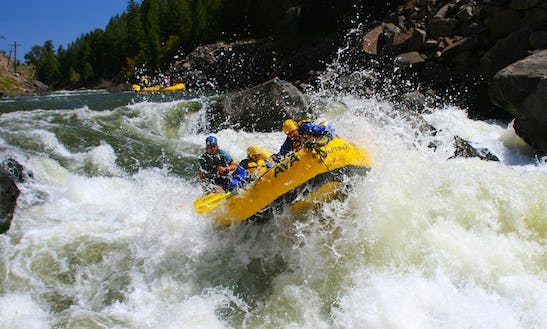 Whitewater Rafting Trips In Breckenridge