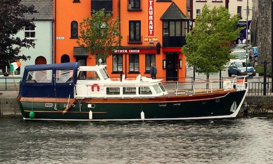 'romaris' Motor Yacht Charter In Athlone