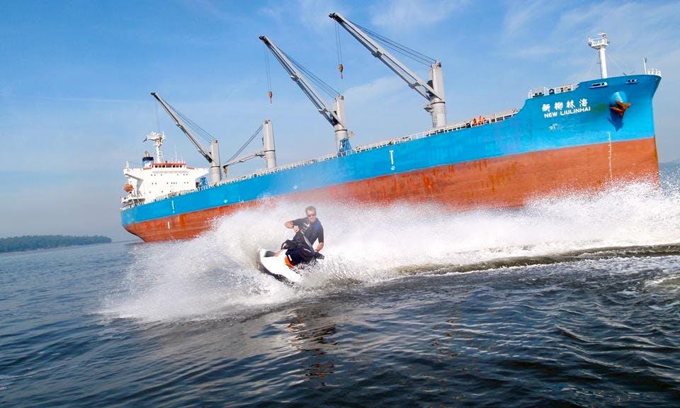 10' Seadoo Jet Ski Rental in Vancouver, Canada