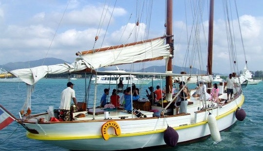 Enjoy Schooner Tambon Chalong Chang Wat Phuket