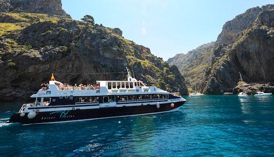 'panorama' Catamaran Charter & Trips In Port De Sóller