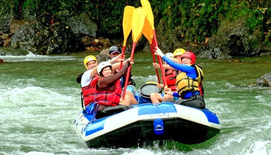 River Rafting In Turrialba