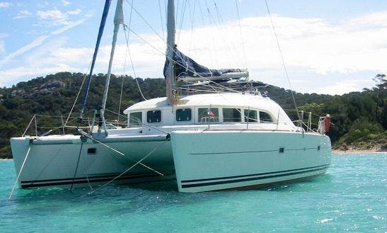 'poe Maia' Lagoon 380 Catamaran Charter In Pape'ete