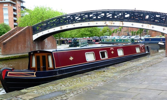 Houseboat Rental In Stoke Prior / Narrowboat D4