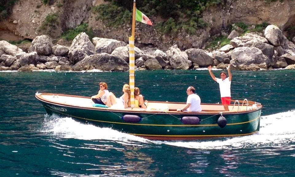 Amazing Traditional Boat Tour with Captain in Capri, Italy