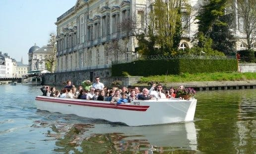Private Electric Boat Medieval Trips in Gent