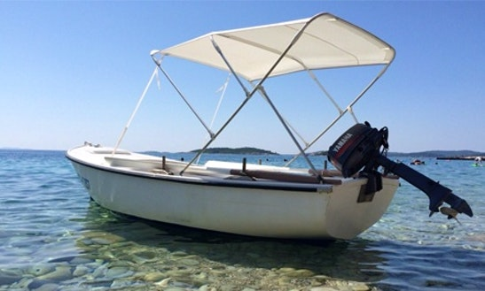 Pasara 440 Deck Boat Charter In Orebić