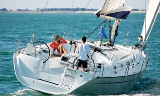 Charter Cyclades 43.4 Sailing Yacht In La Rochelle