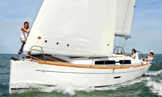 Charter Dufour 375 Sailing Yacht In La Rochelle