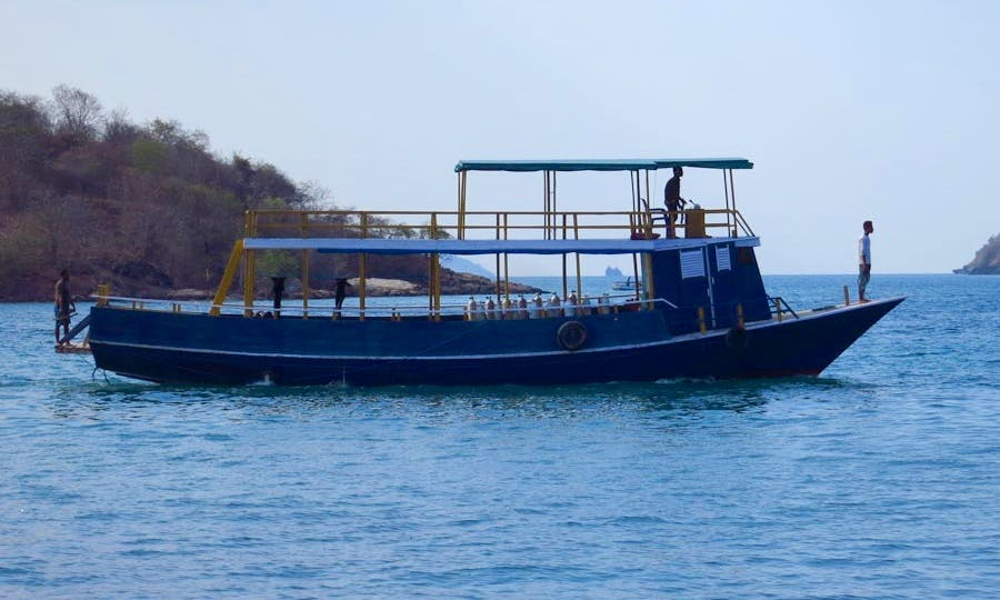 Diving Boat in Flores Indoniesia