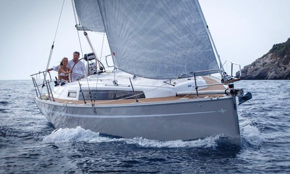 'Why Not 9' Bavaria 33 Cruiser Charter in Imola