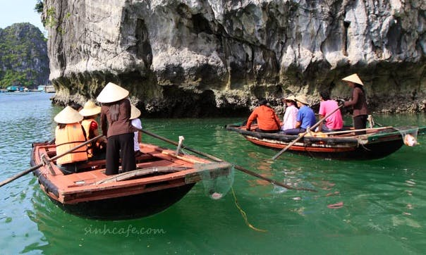 Full day guided tour in Hanoi Hà Nội, Vietnam on a Raw Boat