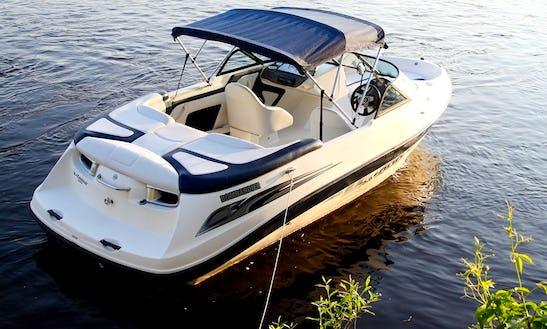 20' Bowrider Rental In Muskoka Lakes