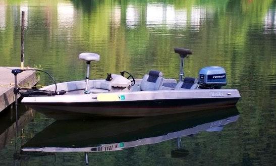 14' Tin Monark Boat Rental In Muskoka Lakes