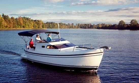 26' Motor Yacht Rental & Charter In Zagreb, Croatia