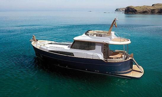 46' Menorquin Motor Yacht Charter In Ibiza, Spain
